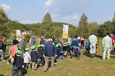 2014年10月08日 マッサン・ミズナラ記念植樹017(400)