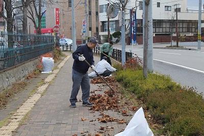 2014年11月09日 「リタロードを守る会」清掃活動001(400)