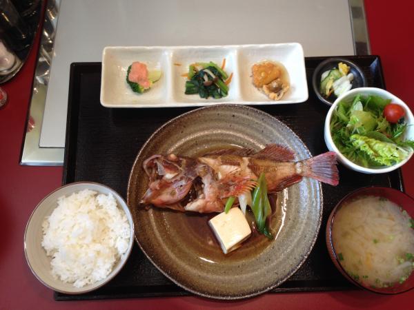 カサゴ煮付け定食4