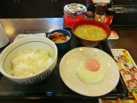 朝なか卯 目玉焼き+牛小鉢