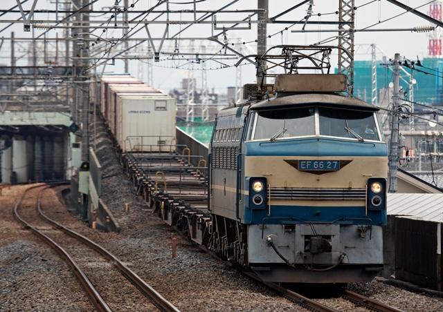 EF66-27  代走