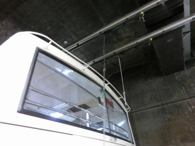 立山トンネルトロリーバスで室堂へ
