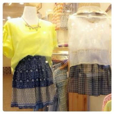 韓国ファッション、留学中試してみては?^^