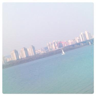 日曜日の한강공원(漢江公園)。風が気持ちよかったです^^