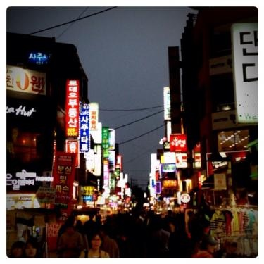 初めて訪れた韓国の街。
