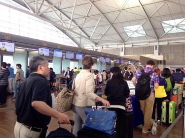今日の仁川空港は朝から混んでました^^;