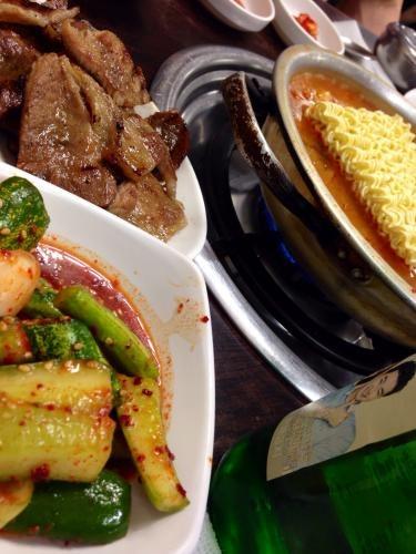 ソウルへ戻ってきてから最初の韓国料理^^この味もまたいいんだよね笑