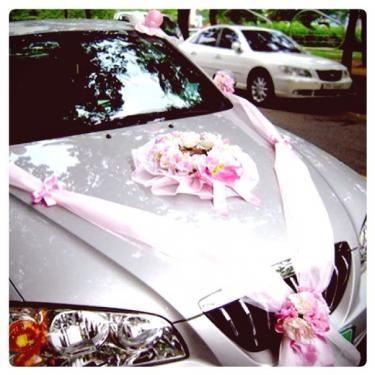 結婚式ならでは1台。沖縄でもよく見かけます^^