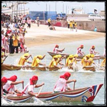 爬龍船競争(ハーリー)は毎年盛大に行われます^^