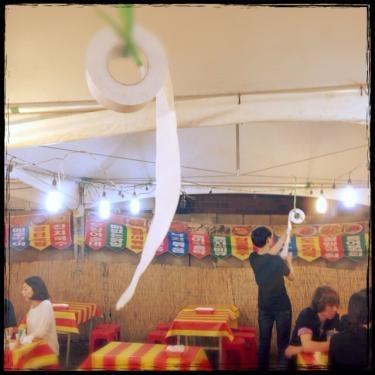 トイレットペーパーは屋台や食堂でも大活躍します笑