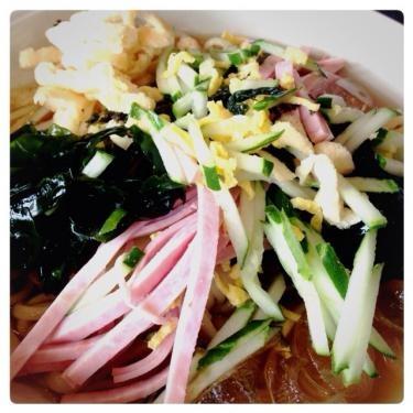 韓国でも冷たい麺がアチコチで人気です^^