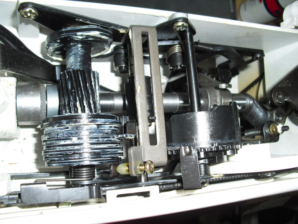 J-1700-3.jpg