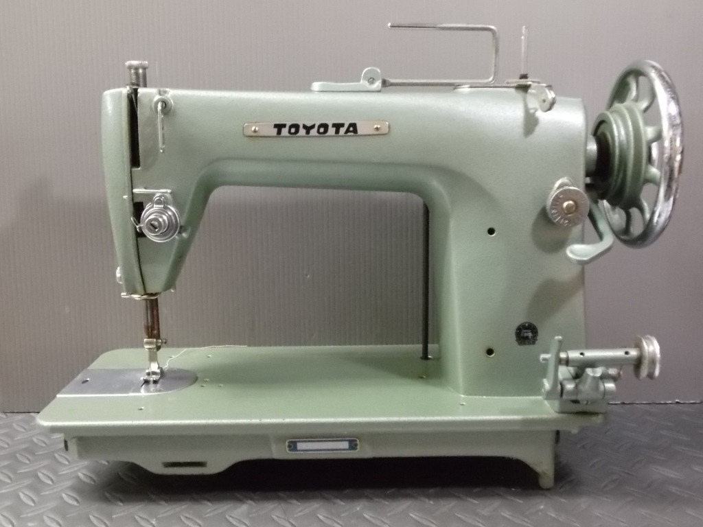 TOYOTA103-1.jpg