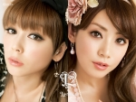 PUFFY(パフィー) 吉村由美 大貫亜美 セクシー 顔アップ カメラ目線 カネボウ ポスター 化粧品 顔射用 高画質エロかわいい画像3