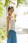 剛力彩芽 セクシー 笑顔 カメラ目線 ショートヘア 麦わら帽子 タンクトップ 健康的 高画質エロかわいい画像20