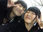 AKB48 横山由依 大島涼花 ゆいはん くそガキ セクシー 顔アップ ピース 目を閉じている キス顔 高画質エロかわいい画像30 顔射用