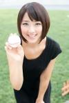 竹内由恵 テレビ朝日 女子アナウンサー セクシー 顔アップ カメラ目線 美人 笑顔 前屈み 野球ボール 高画質エロかわいい画像9