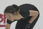 フィギュアスケート選手 浅田真央 セクシー 胸チラ 前屈み おっぱいの谷間 地上波キャプチャー エロかわいい画像7 ロリ