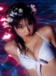 小倉優子 セクシー ビキニ水着 おっぱいの谷間 濡れている カメラ目線 ロリータフェイス 高画質エロかわいい画像51