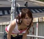 戸田恵梨香 セクシー 胸チラ 前屈み おっぱいの谷間 ドラマ 地上波キャプチャー 高画質エロかわいい画像18