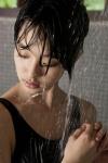 剛力彩芽 セクシー 水着 シャワー 濡れている ショートヘア 顔アップ 唇 女優 高画質エロかわいい画像61 顔射ぶっかけ用素材