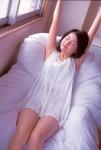 平井理央 元フジテレビ女子アナウンサー セクシー タンクトップ 太もも 脇 目を閉じている ベッドの上 グラビアアイドル時代 高画質エロかわいい画像24