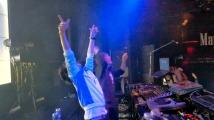DJ すもち & VJ よし