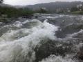 雨の広瀬川