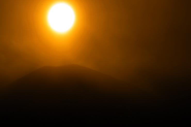 小富士と太陽