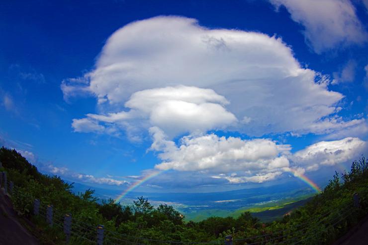 磐梯吾妻スカイライン 虹と雲の共演