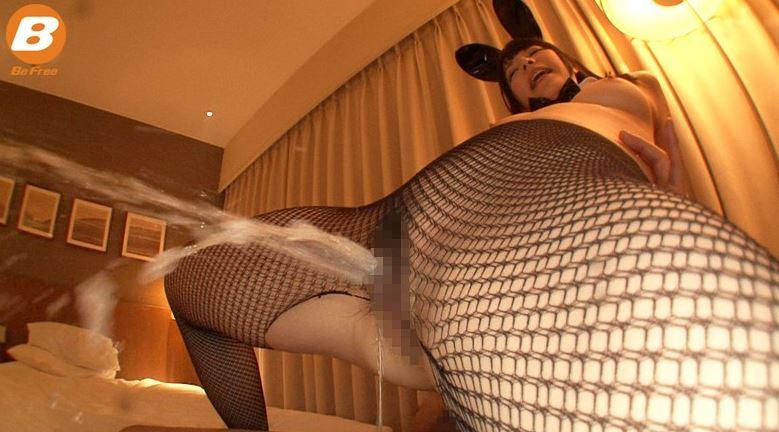 東京BUNNY NIGHT 5 上原亜衣の脚フェチDVD画像3