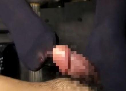 女子校生の蒸れて臭い黒タイツの足裏で射精するまで足コキ責めの脚フェチDVD画像4