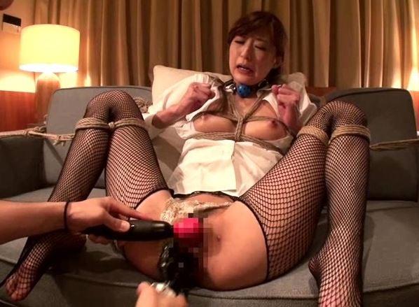 社長秘書をパンスト着衣のまま犯し続け精神崩壊に追い込むの脚フェチDVD画像6