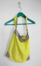 檸檬色 リネンのショルダーバッグ