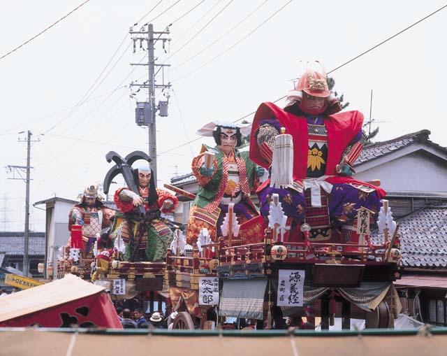 三国祭り山車たち