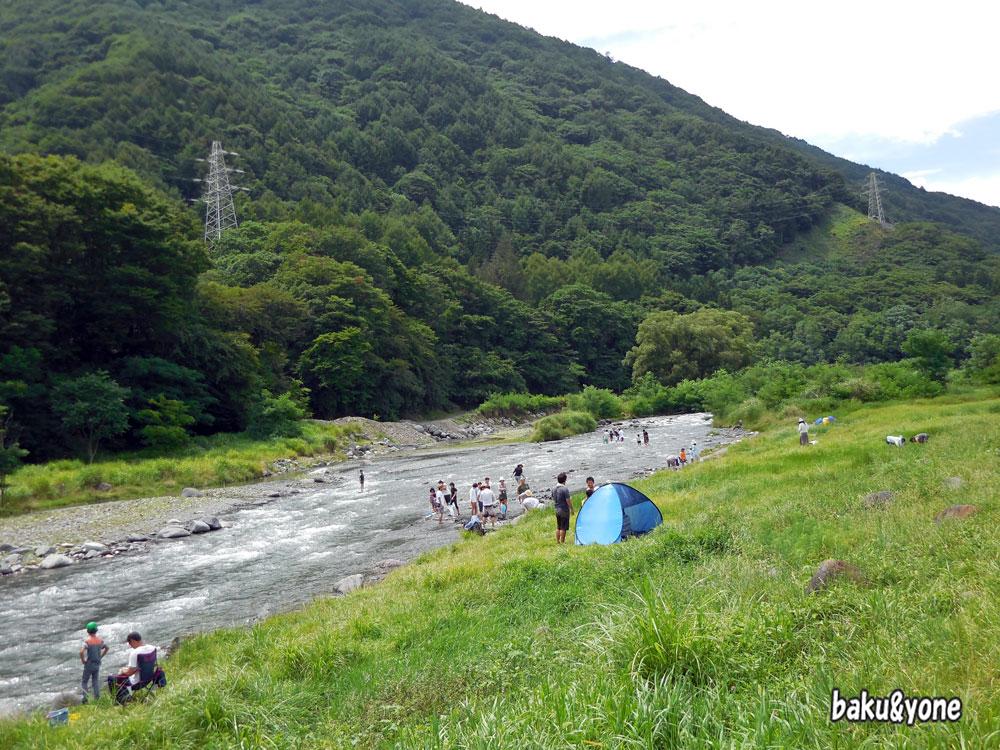 信州蔦木宿の裏の川