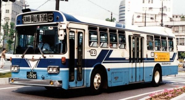 岡22か1905