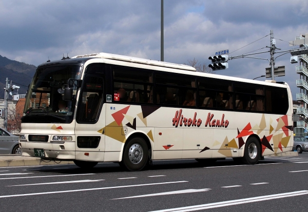 広島200か・716