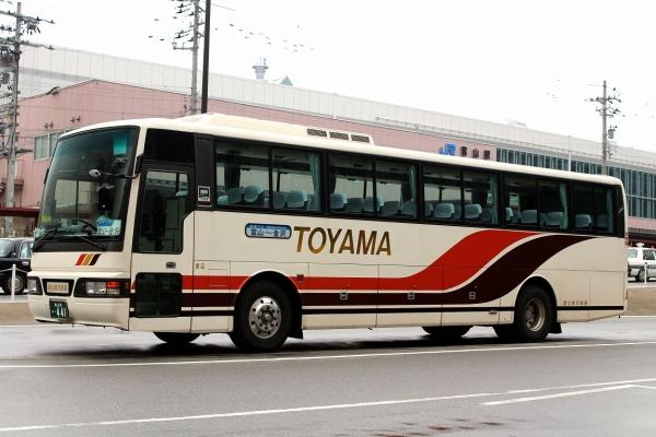 富山230あ・441