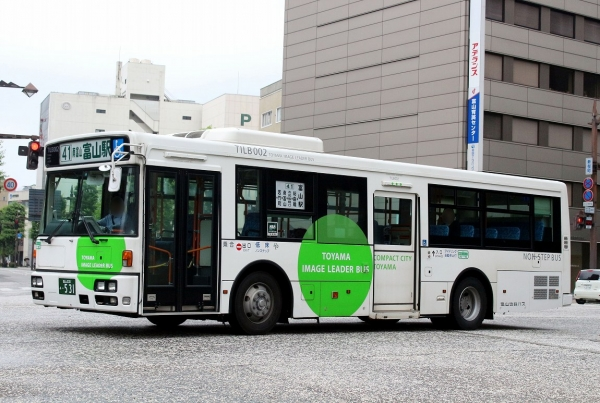 富山230あ・531
