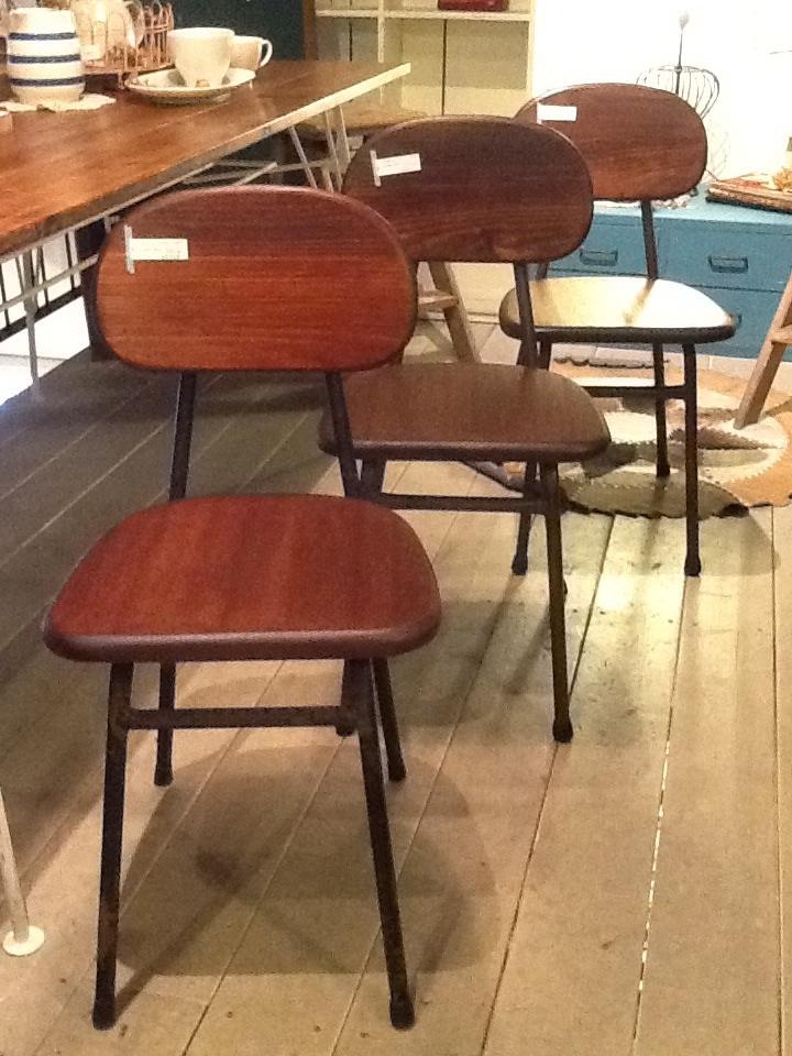 re-design リメイク 古材 椅子 パイプ