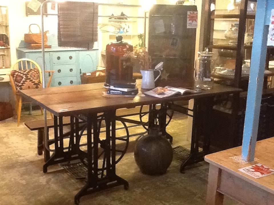 ディスプレーテーブル ミシン脚 古木天板 シンガー