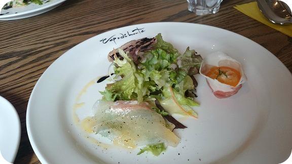 lunchhi1.jpg