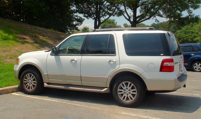 Ford Expedition 2010 in Maryland