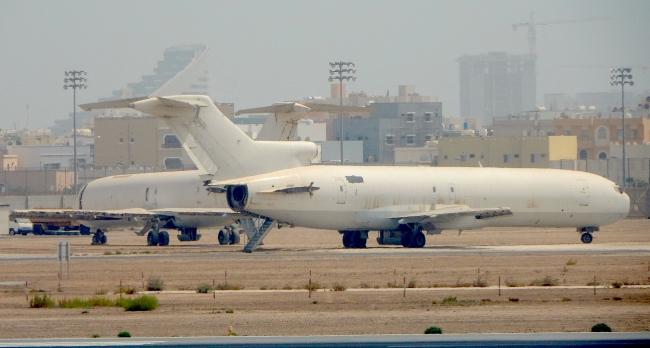 B727 Bahrain Airport