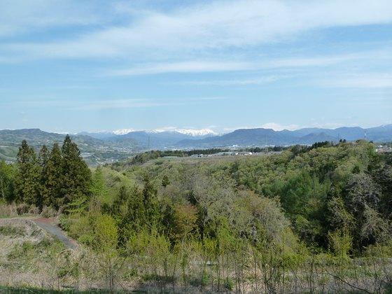 赤城高原SAから水上方面を眺める
