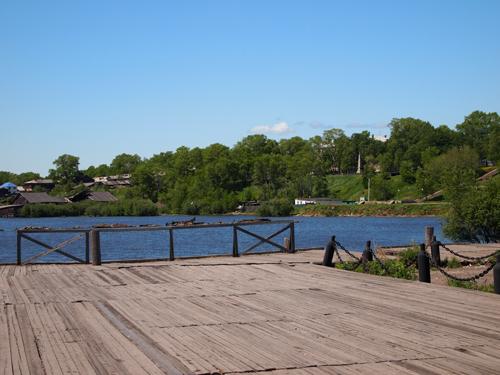 現在のアムール湖畔
