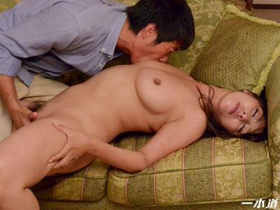 村上涼子 「夫の同僚に犯された妻」