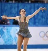 フィギュア女子 金メダルを獲得したアデリナ・ソトニコワ =20日、ロシア・ソチのアイスベルク・パレス(大里直也撮影)(写真:産経新聞)