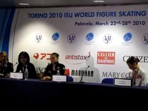 キムヨナのひどすぎる態度 携帯いじり&唾吐き トリノ世界選手権2010